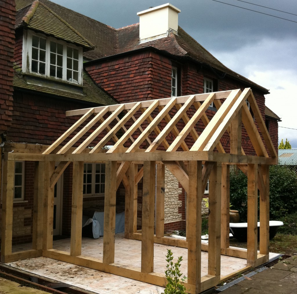 Timber frame buildings oak barn construction southampton for How to build a timber frame house